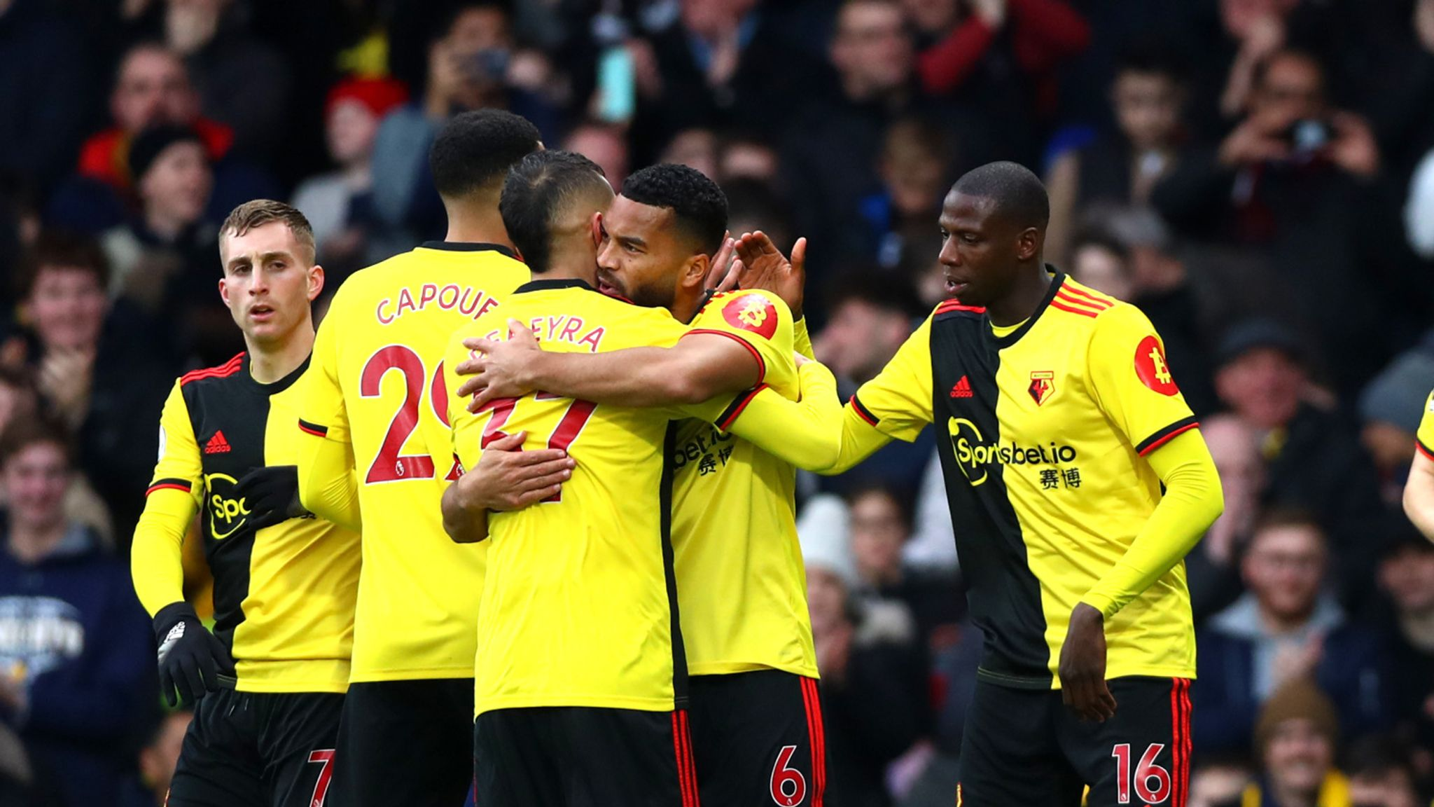 soi-keo-watford-vs-leicester-city-luc-18h30-ngay-20-6-2020-1