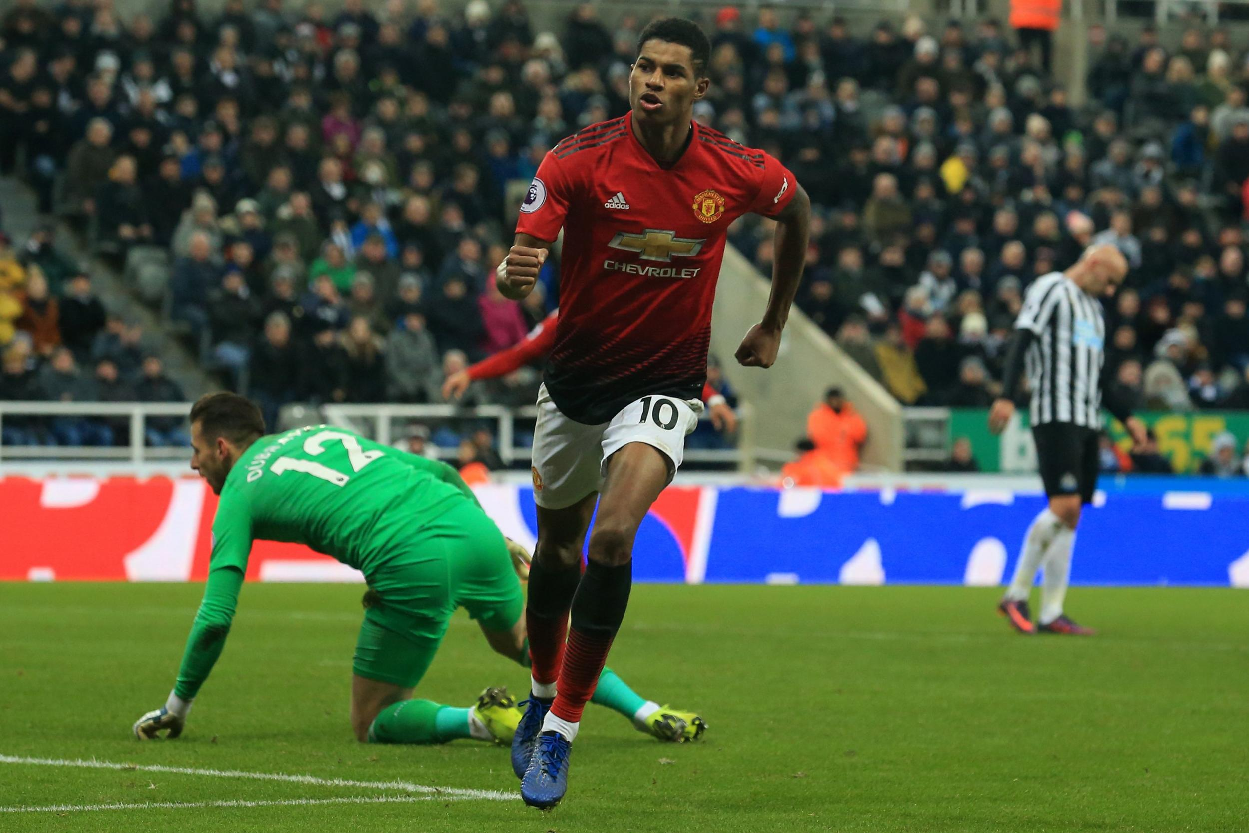 soi-keo-newcastle-vs-manchester-united-luc-2h-ngay-18-10-2020-2